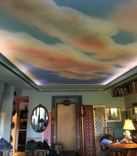 Airbrushed ceiling with LED lighting