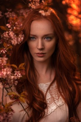 bartoszbranka-photographer-london-redhair-woman-outdoor-portrait